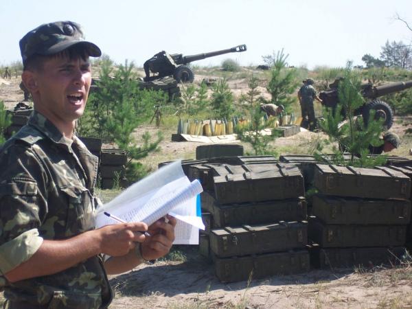 Порошенко поручил наградить старшину Виталия Савченко за проявленный героизм в бою под Старогнатовкой - Цензор.НЕТ 5275